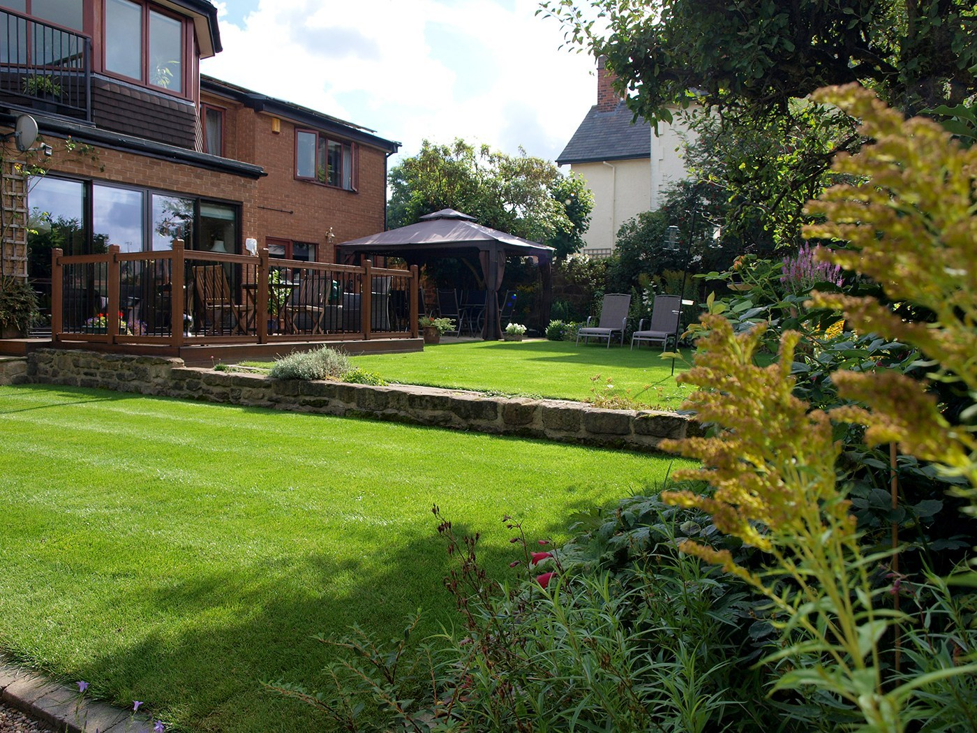 Lush Garden Design Terraced Lawns