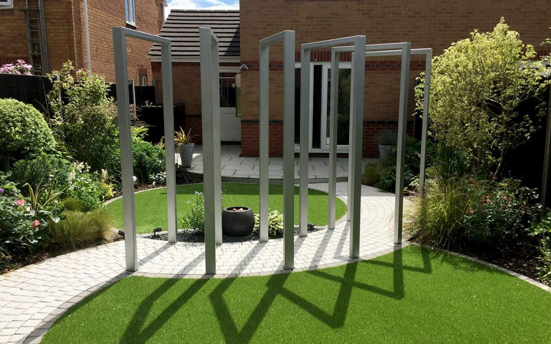 Circular-Themed Garden in Branston
