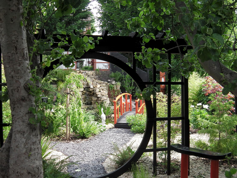 Japanese Garden In West Wycombe Lush Garden Design
